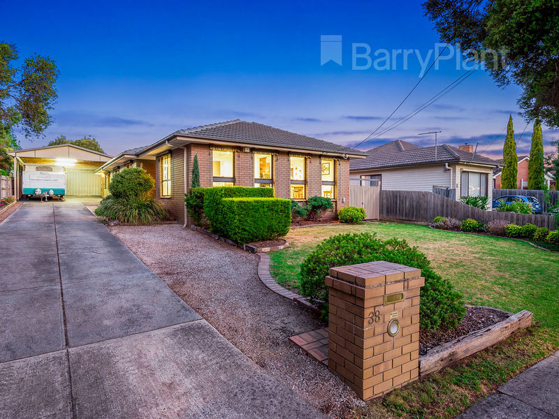 38 Rickards Avenue, Knoxfield, Vic 3180