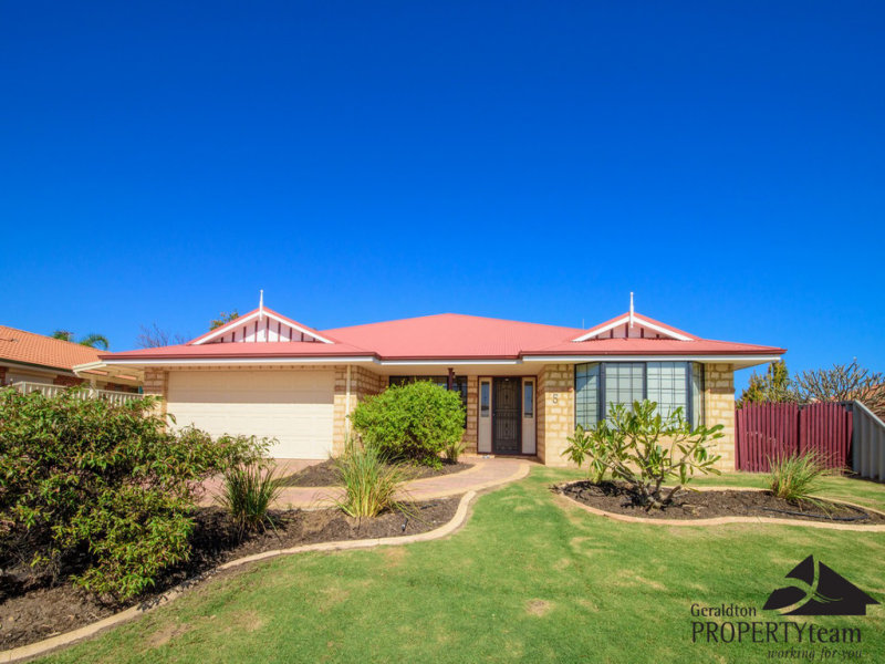 5 Shoalhaven Way, Drummond Cove, WA 6532