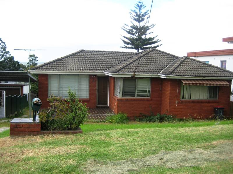 5 BELLEVUE AVE, Georges Hall, NSW 2198