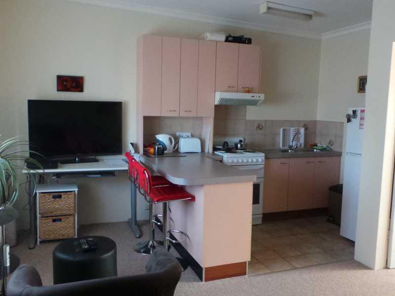 12/20 Charles Street, Queanbeyan, NSW 2620