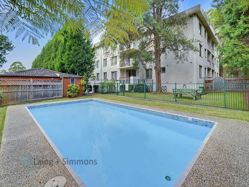 2/81-83 Florence Street, Hornsby, NSW 2077