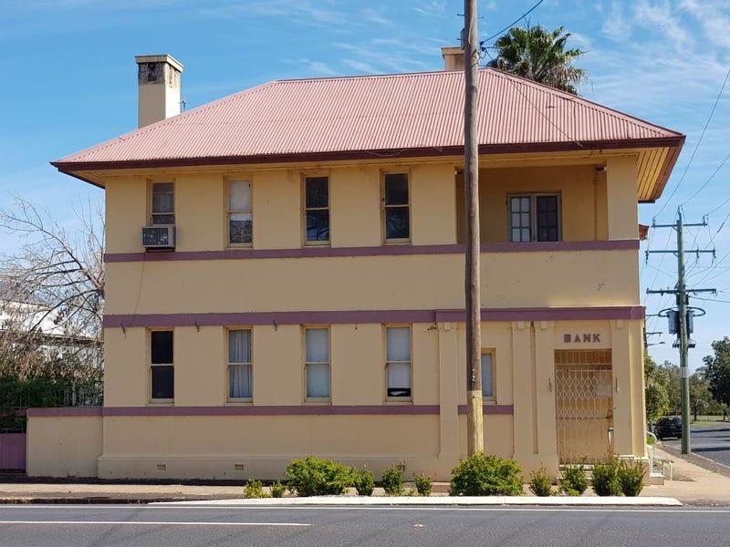 108 Caswell Street, Peak Hill, NSW 2869