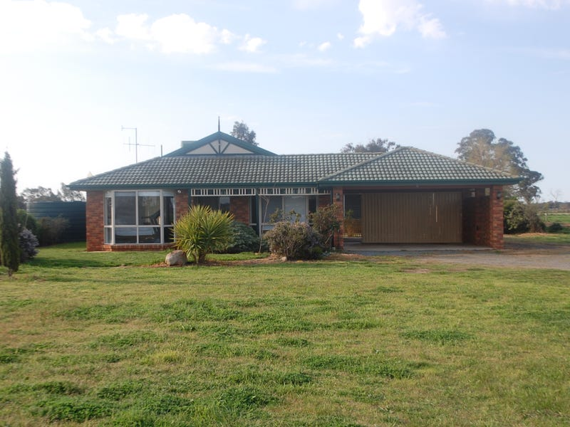 100 Langham Road, Toolamba, Vic 3614