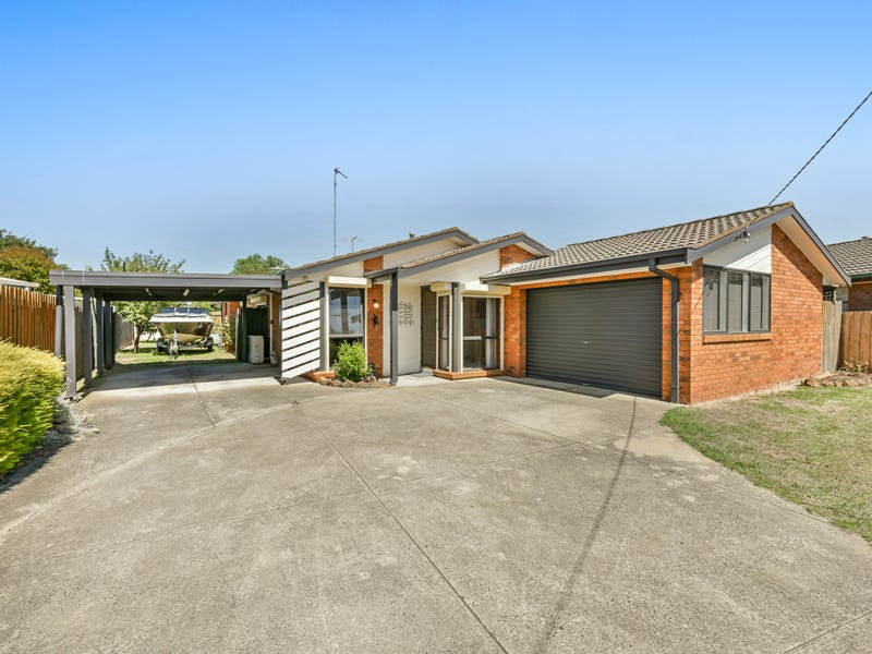 6 Monash Court, Whittington, Vic 3219