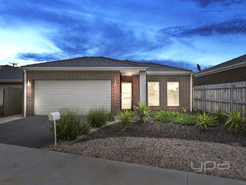 2/36 Somerton Court, Darley, Vic 3340