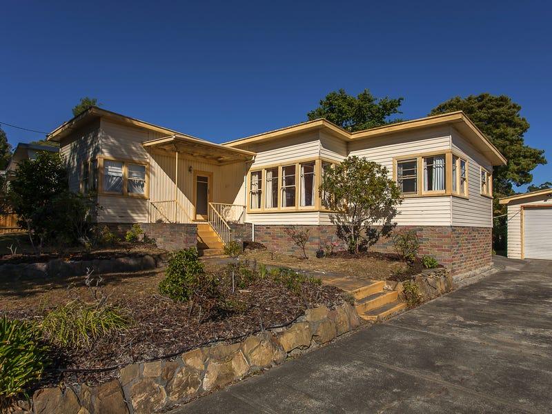 271 Roslyn Ave, Blackmans Bay, Tas 7052