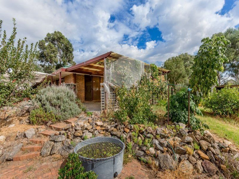 22 Kiewa Valley Highway, Kiewa, Vic 3691