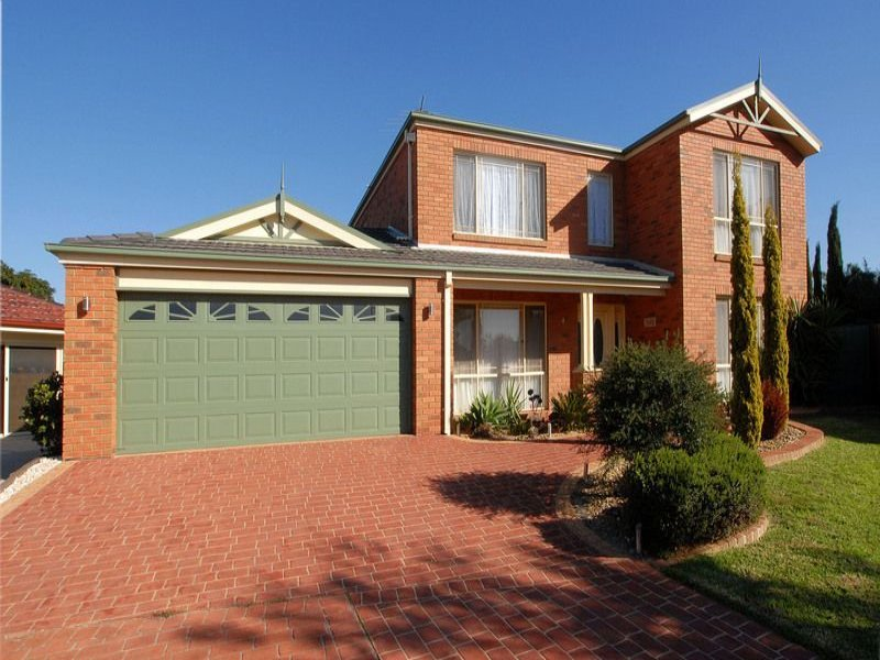 4 Glover Court, Skye, Vic 3977