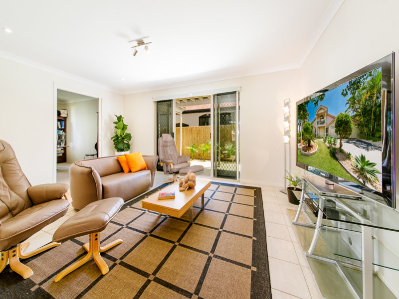 38 Voyagers Drive, Banksia Beach, Qld 4507