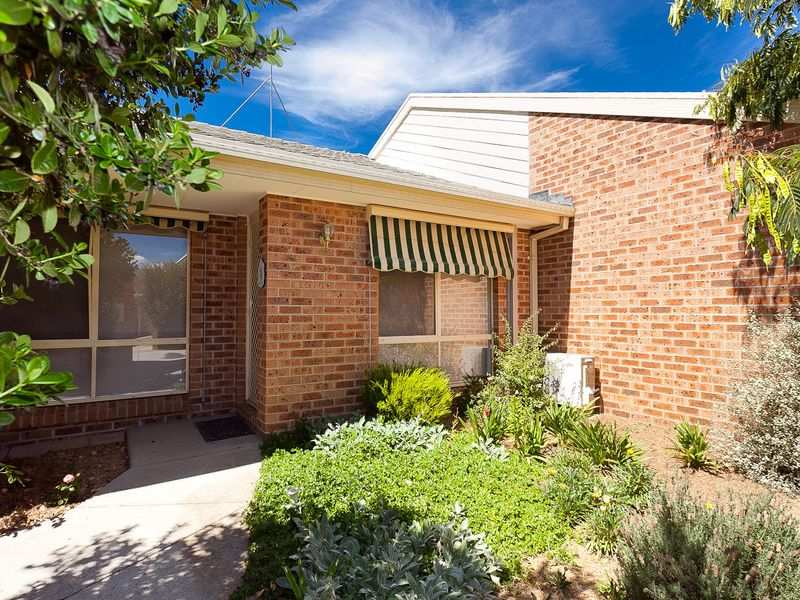 15/3 Riddle Place, Gordon, ACT 2906