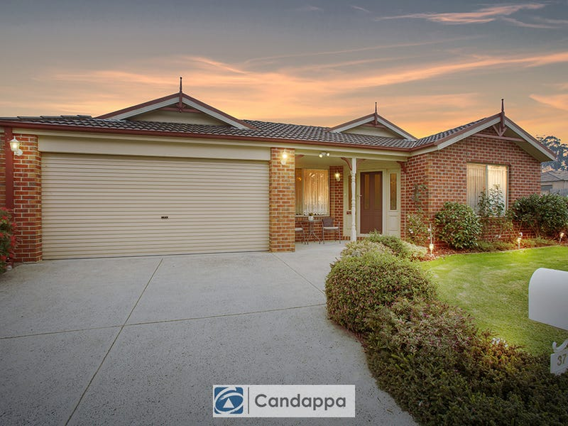 37 Rivendale Crescent, Drouin, Vic 3818