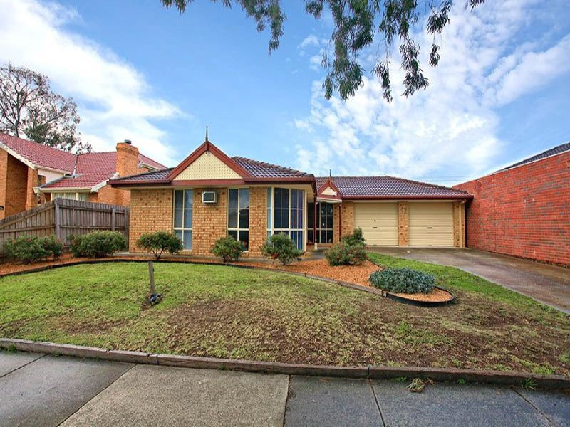 17 The Seekers Crescent, Mill Park, Vic 3082