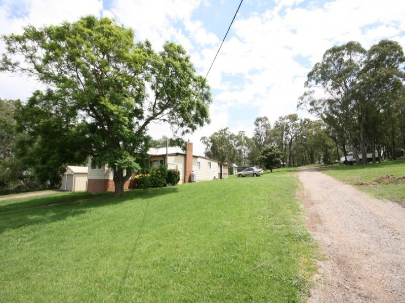 41 Station Road, Menangle Park, NSW 2563