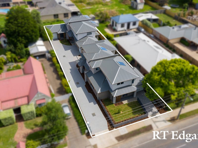 Units 1 - 4/7 Howey Street, Gisborne, Vic 3437