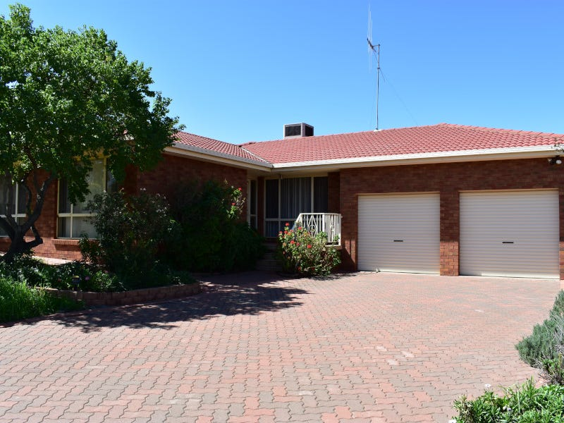 10 Highland Avenue, Parkes, NSW 2870