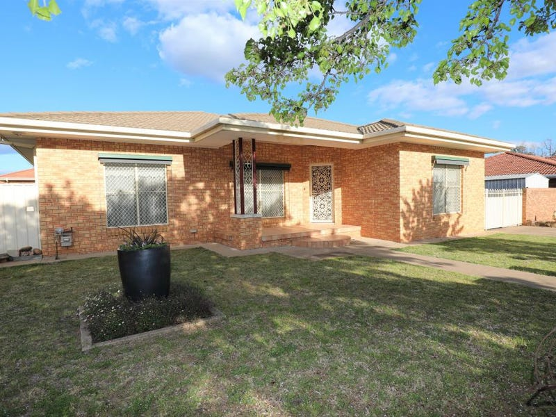 24 White Street, Young, NSW 2594