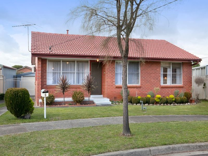 6 Dorothy Court, Dandenong North, Vic 3175