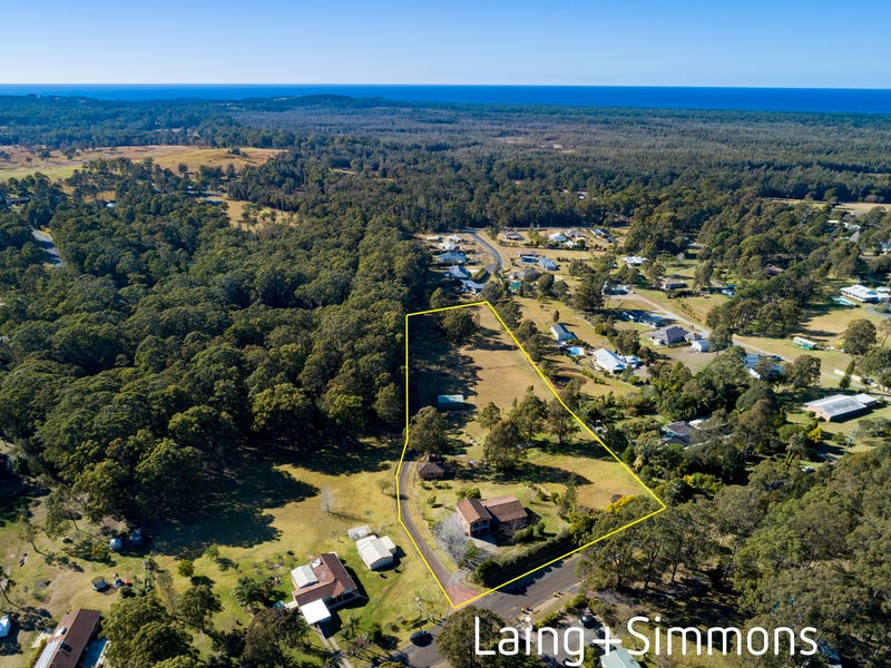 8 Pacific View Drive, Hallidays Point, NSW 2430
