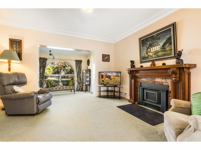 """Beneree"" 103 Orchard Road, Springside, NSW 2800"