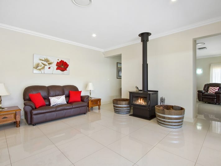 18 Florence Avenue, Kurrajong, NSW 2758