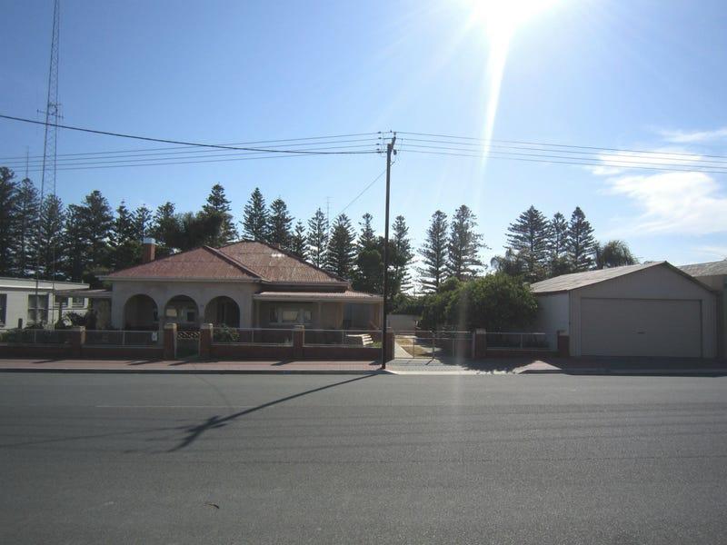25 Mckay Street, Port Broughton, SA 5522