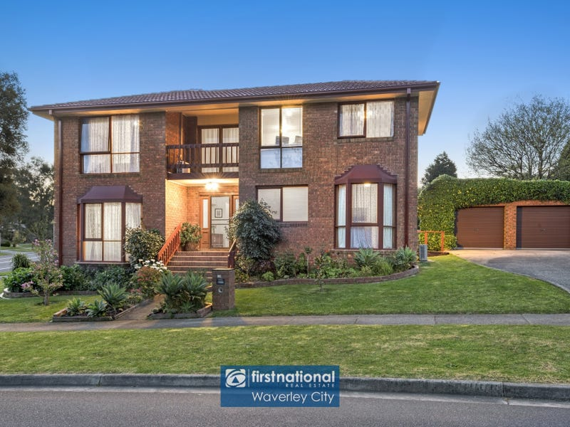 94 Whalley Drive, Wheelers Hill