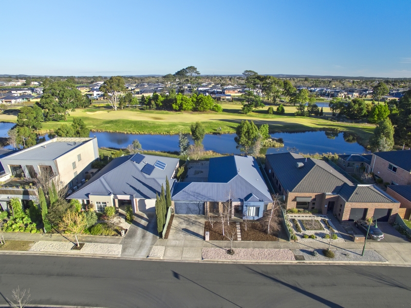 23 St Andrews Place, Lake Gardens, Vic 3355