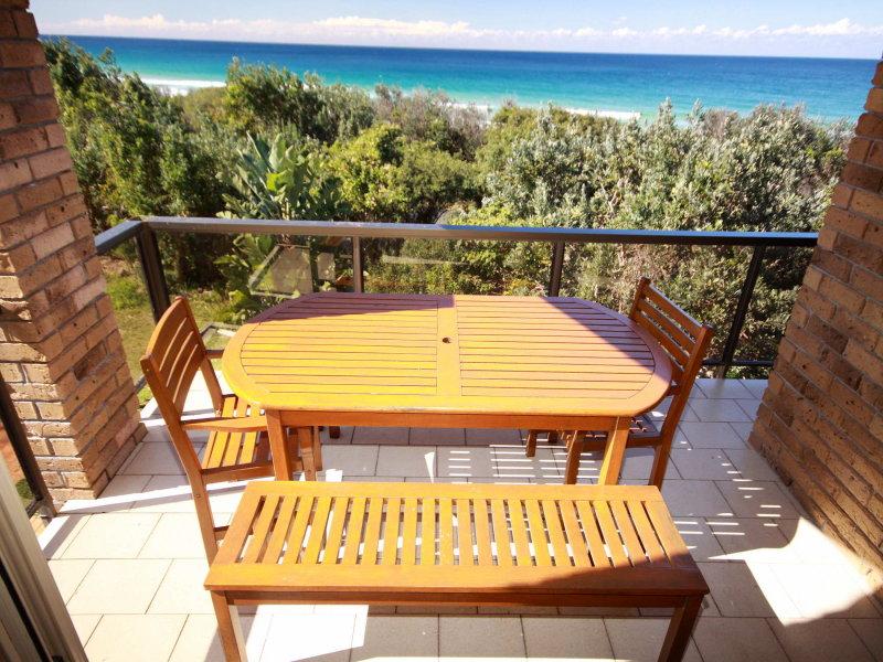 2/90-110 Boomerang Drive, Boomerang Beach, NSW 2428