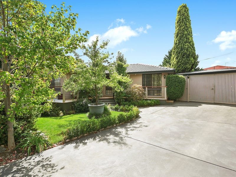 3 Bryce Place, Florey, ACT 2615