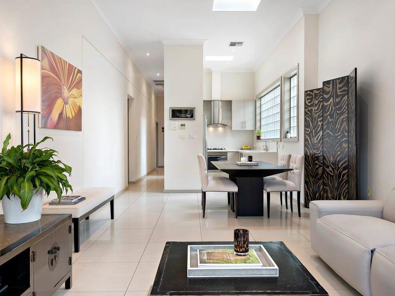 1/2 Yindela Street, Davidson, NSW 2085