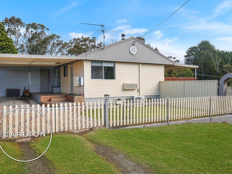 2 Cumberteen Street (via Jane) Street, Hill Top, NSW 2575