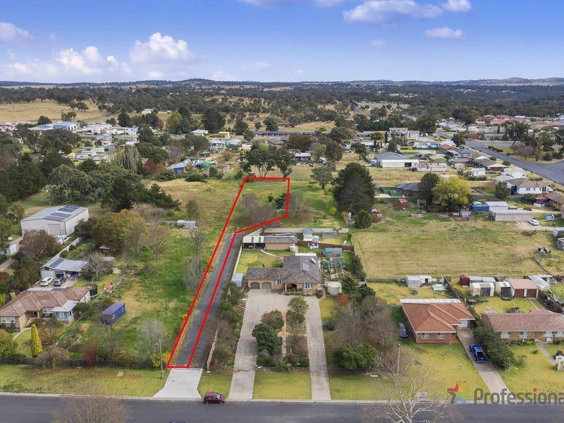5b Plane Avenue, Uralla, NSW 2358