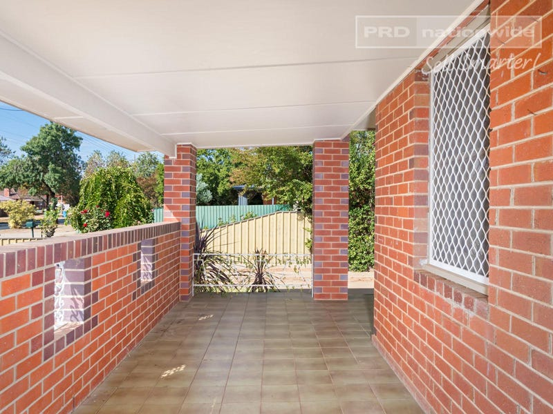 86 Fernleigh Road, Mount Austin, NSW 2650