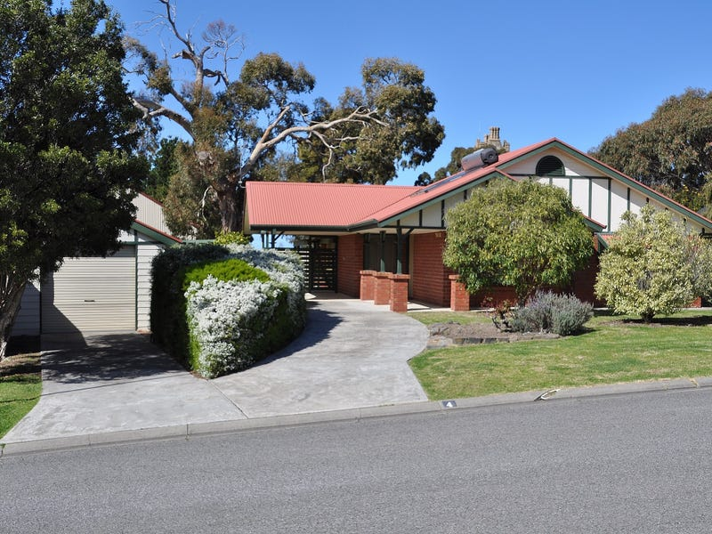 4 Connell Street, Victor Harbor, SA 5211