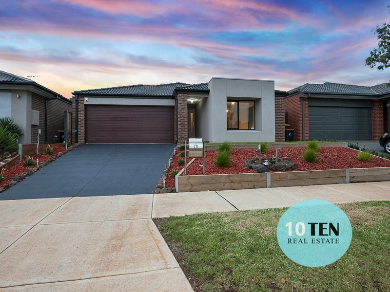 28 Embleton Chase, Melton South, Vic 3338