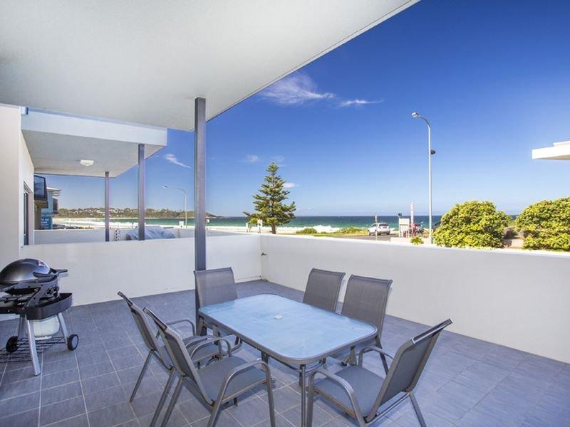 2/5-7 Golf Avenue, Mollymook, NSW 2539