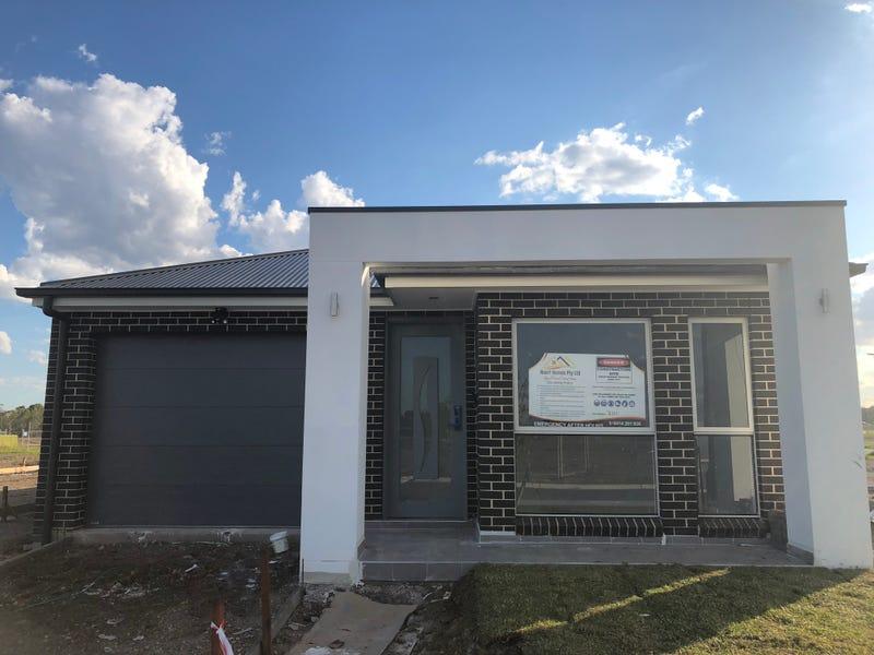 4 Charlie Street, Jordan Springs, NSW 2747