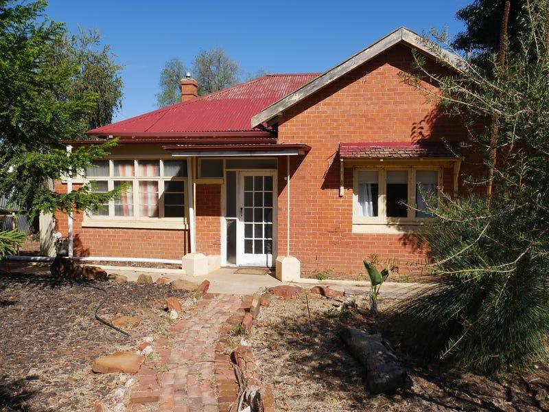 6 Coolibah Street, Leeton, NSW 2705