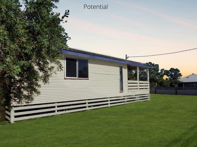 10 Rugby St, Mitchell, Qld 4465