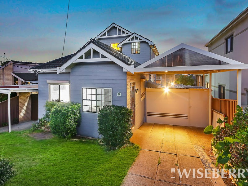 79 Highview Ave, Greenacre, NSW 2190