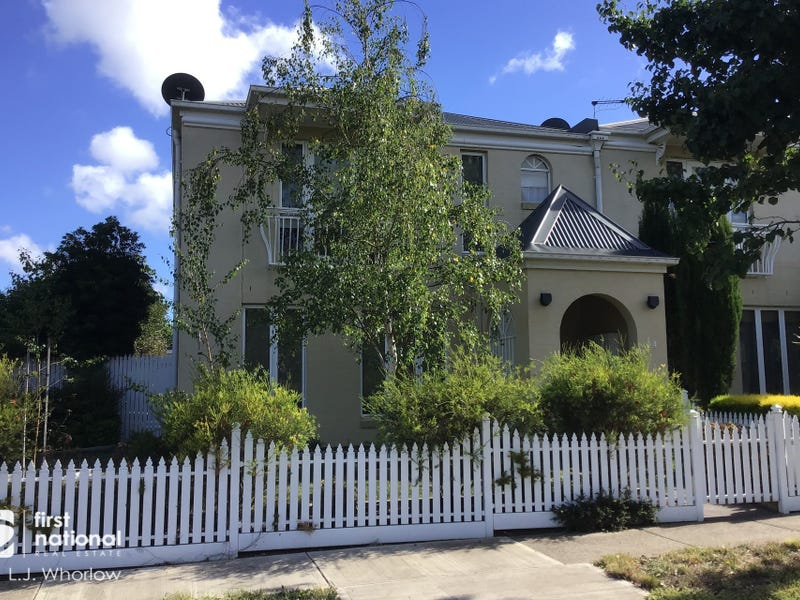 24 Betula Terrace, Sunbury, Vic 3429