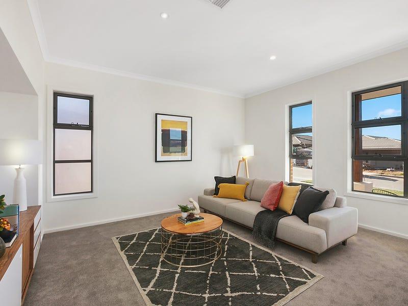 8 Tyrrell Street, Googong, NSW 2620