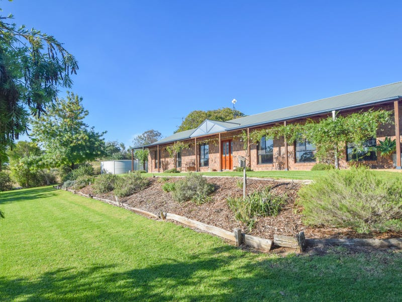 4180 Olympic Highway South, Young, NSW 2594