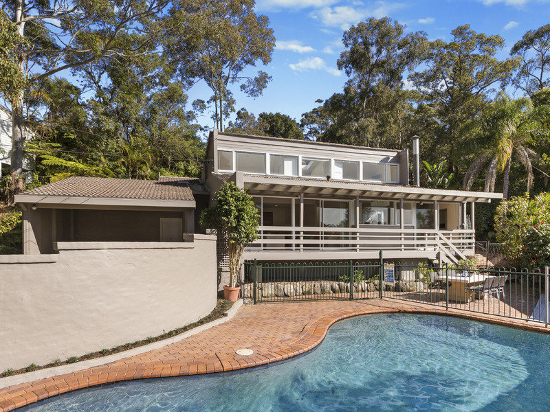 8 Gould Avenue, St Ives Chase, NSW 2075