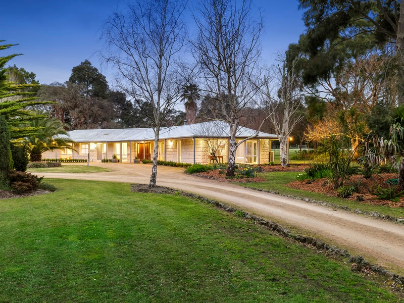 18 Hunts Road, Bittern, Vic 3918