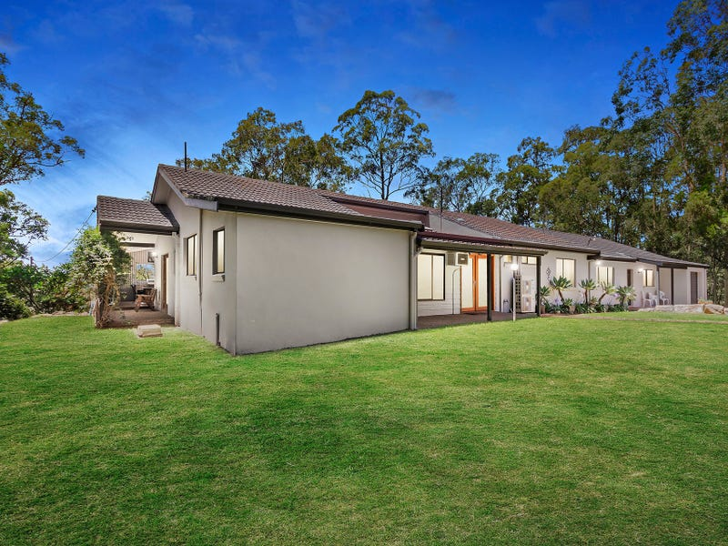 836 John Renshaw Drive, Black Hill, NSW 2322