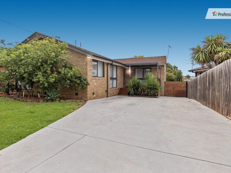 4 Mason Court, Melton, Vic 3337