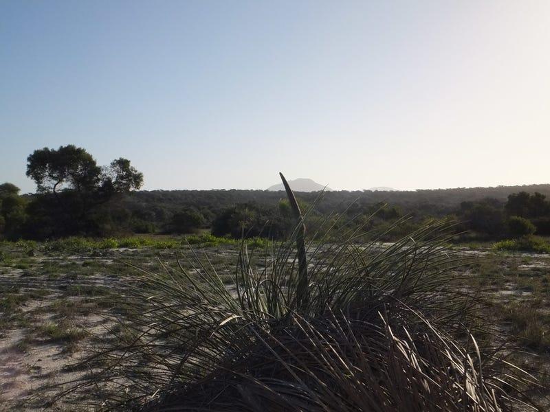 232 Banksia, Hopetoun, WA 6348
