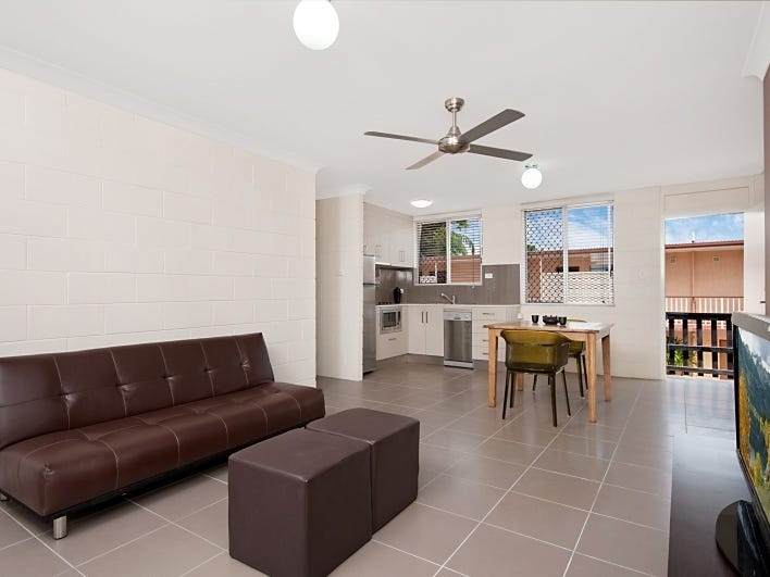 11/211 Lake Street, Cairns North, Qld 4870