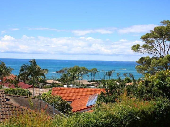 2/1 Sandy Beach Road, Korora, NSW 2450